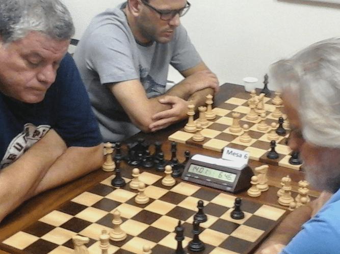 Sérgio Murilo versus Luiz Alberto da Luz Ao lado, Rodrigo Dinegri