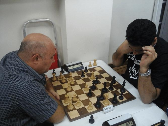 Tarcísio Leite vs Bruno Alves