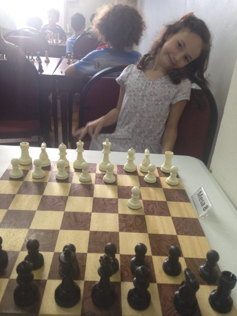 Abertura Inglesa (1.c4...) pela Manuela Faraco, com classe e elegância impar!!