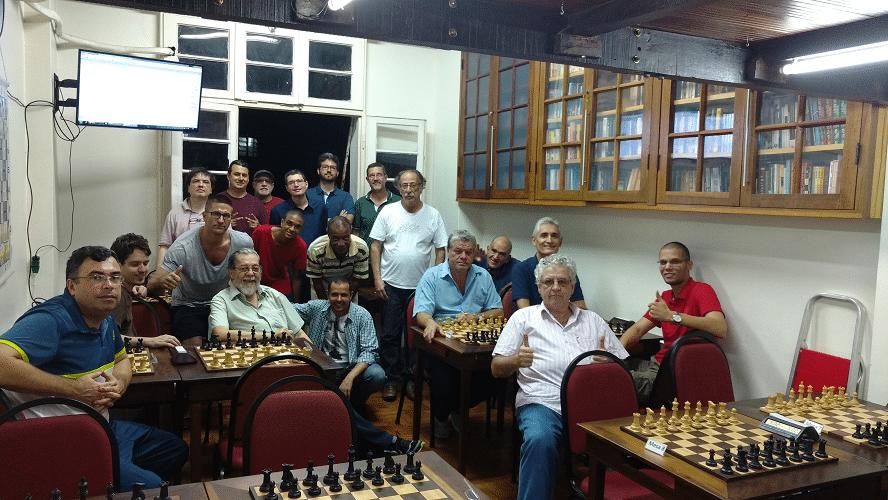 A foto histórica do Trovão de Dezembro 2016